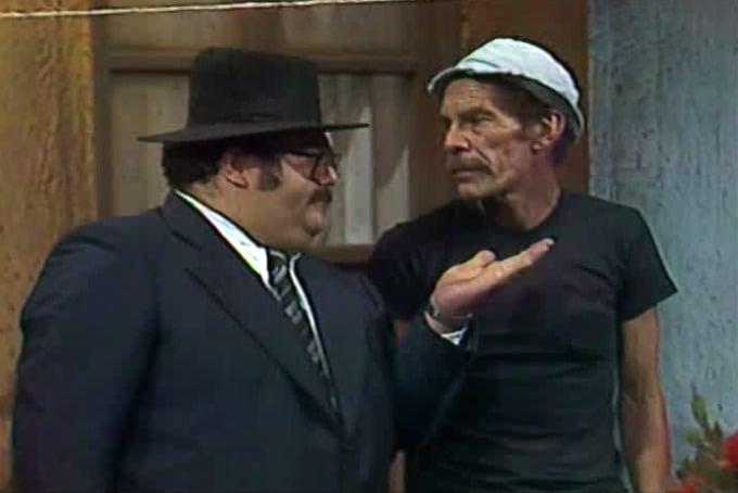 Edgar Vivar y Ramón Valdez en sus personajes en el chavo del 8