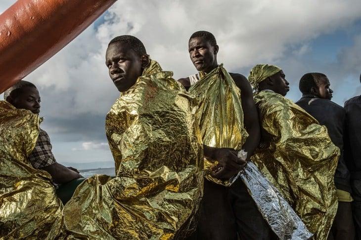 Regugiados que llegan a las playas de Grecia