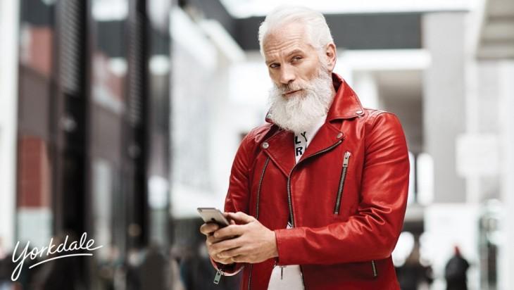 Fashion Santa en el centro comercial Yorkdale en Toronto