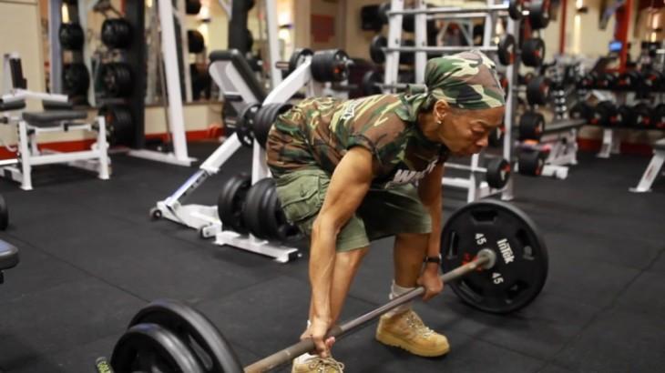 Willie Murphy mujer fisiculturista de 77 años