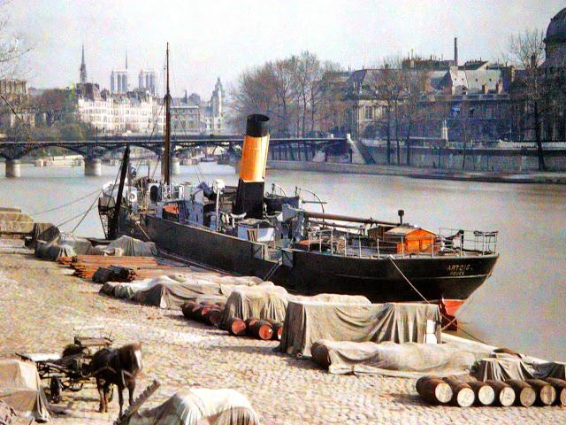 embarcación en París a principios del siglo XX