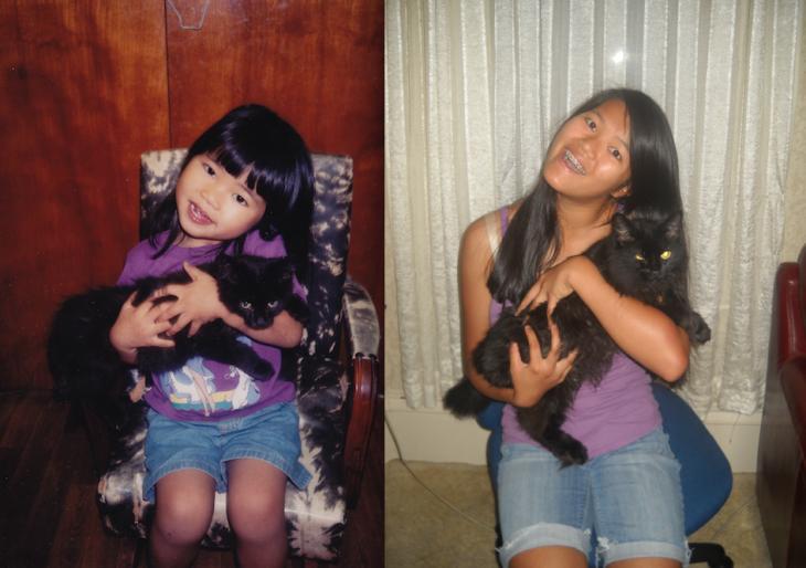 Chica después de varios años con su gato negro