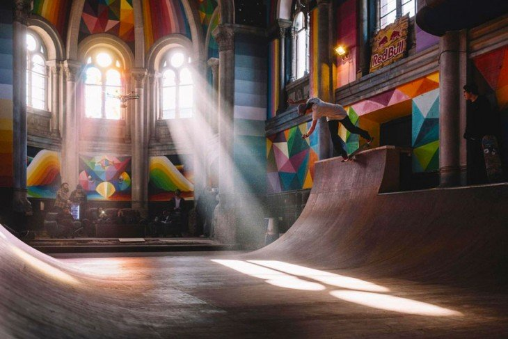 Transforman esta Iglesia de 100 años en un colorido y genial Skate Park