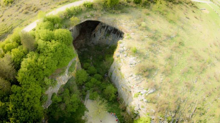 Cueva Prohodna en Bulgaria