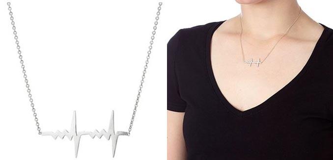 collar de plata de latido de corazón