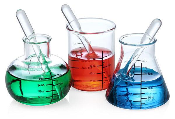 vasos en forma de matraces de laboratorio