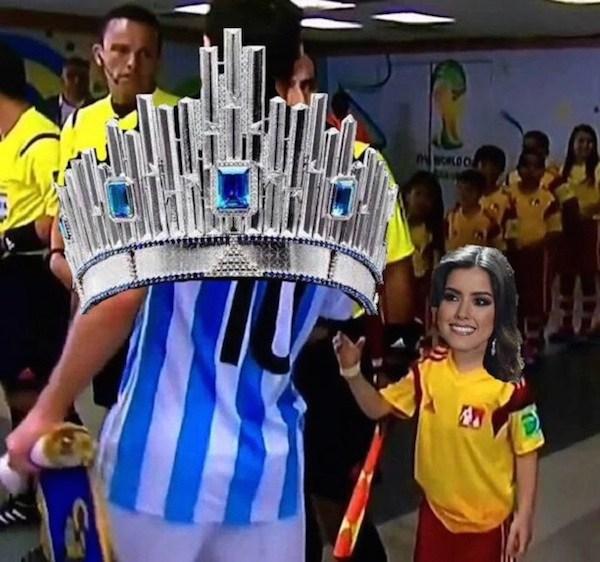 meme de la messi ignorando a un niño con la corona y la miss colombia 2015