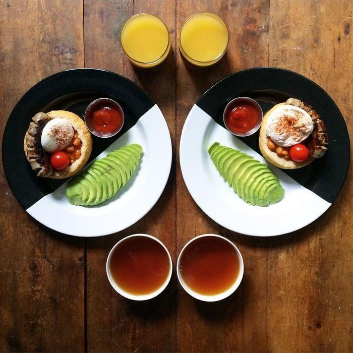 Platillos simétricos a dos vasos de jugo y dos tazas de té