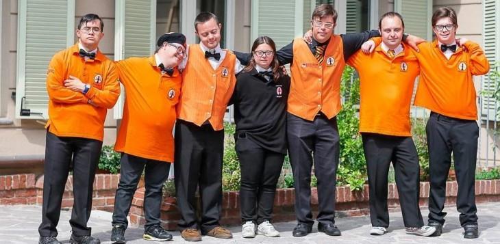 Empleados con síndrome de down en el hotel de Asti, Italia