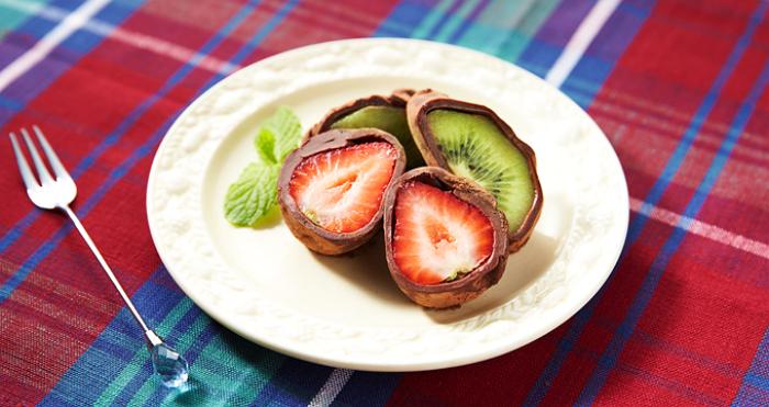 frutas rellenas de chocolate japones