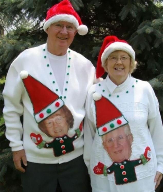 sueter de parejas de viejitos con sus fotos disfrazados de Gnomos
