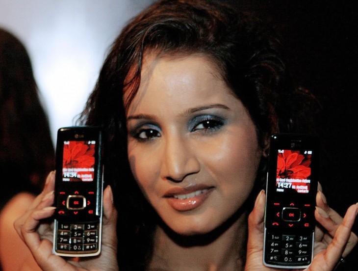 10 Geniales celulares de la vieja escuela que te harán recordar tu adolescencia