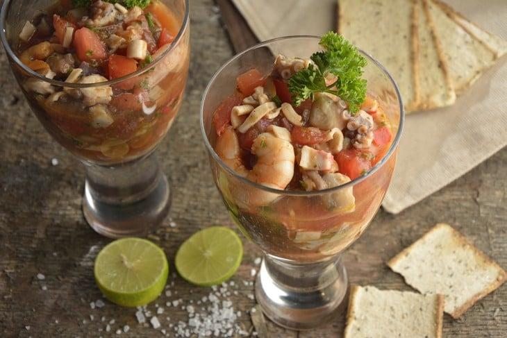 platillo de mariscos mexicano