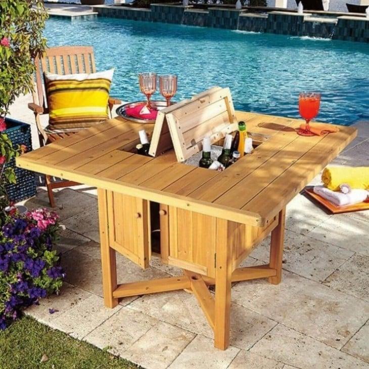 mesa para la esquina de la alberca