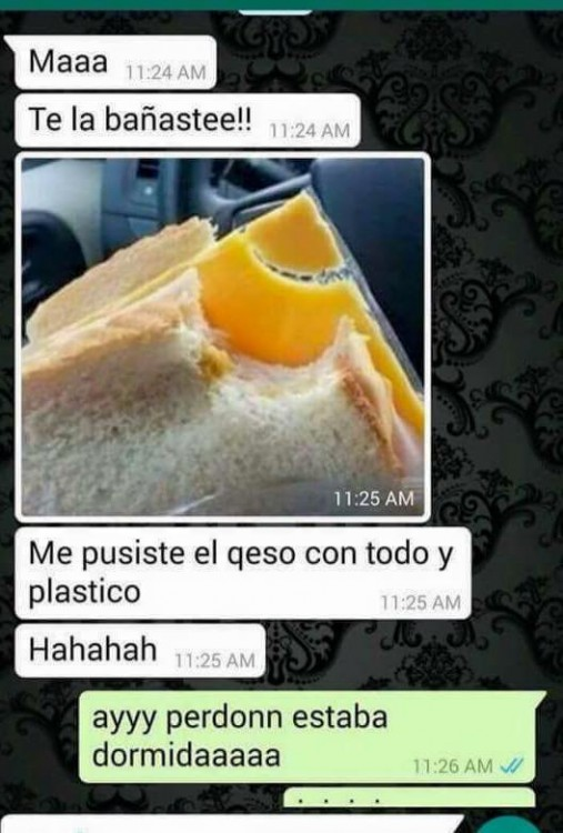screenshot de una conversación de una chica con su mamá donde le dice que le dejo el plástico a su queso amarillo