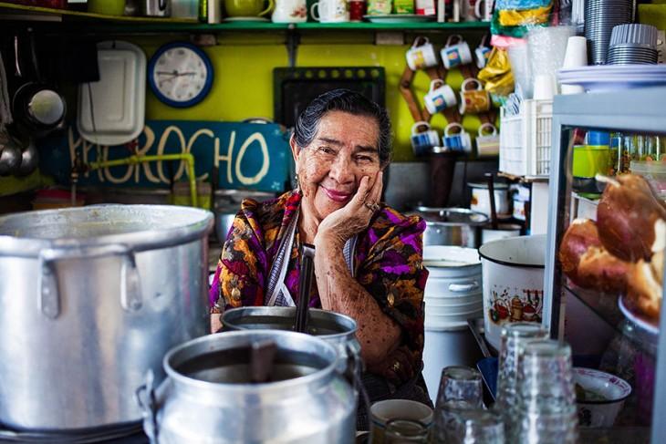mujer ecuatoriana