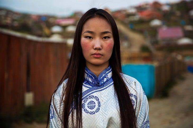 mujer nacida en mongolia