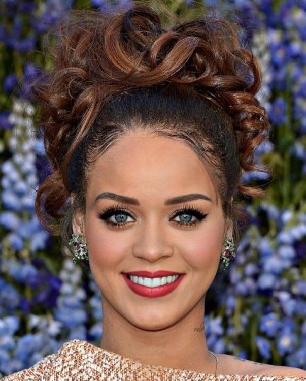 fusión con las caras de Rihanna y Katy Perry