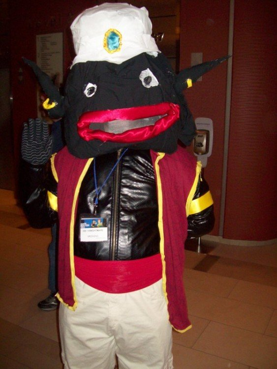 Cosplay epic fail de Mr. Popo dragon ball z