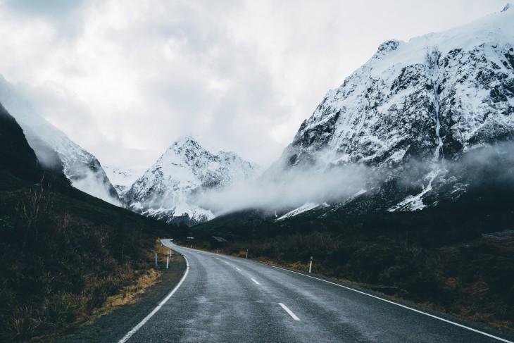 Parque Nacional de Fiordland, carretera a Milford en Nueva Zelanda