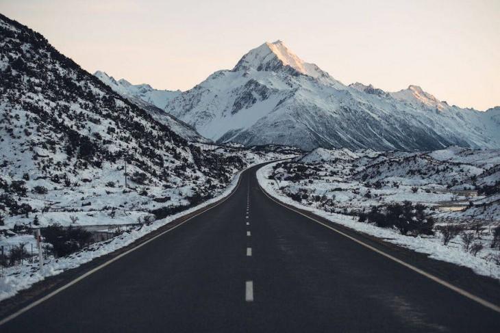Carretera hacia a Aoraki, Parque Nacional del Monte Cook