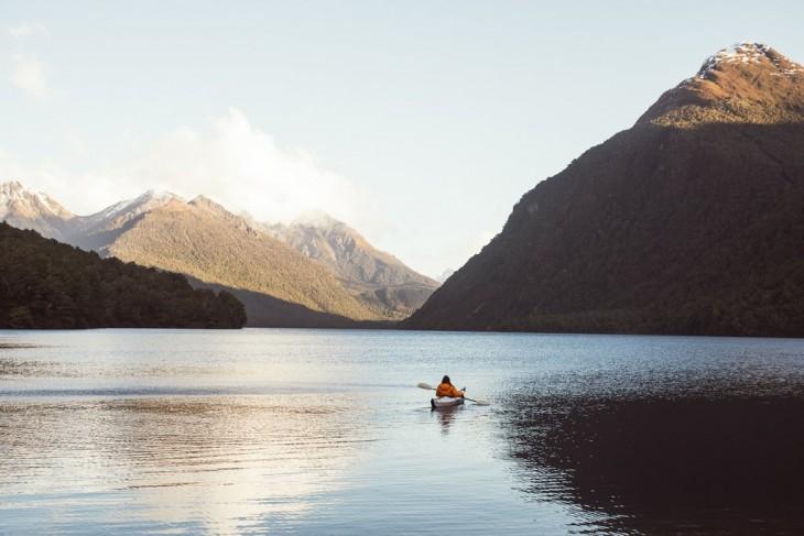 Parque Nacional de Fiordland en Lago Gunn, Nueva Zelanda