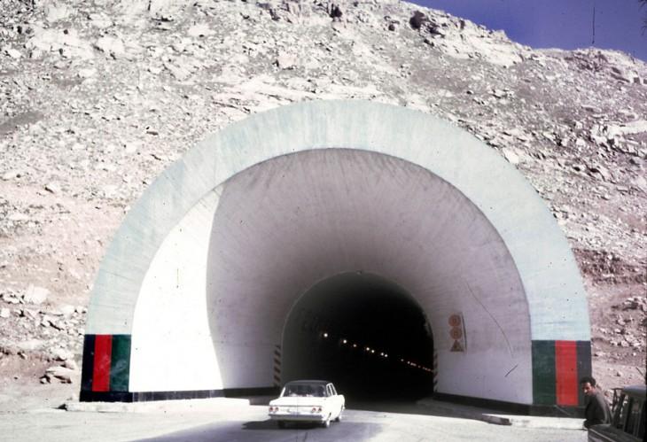 Túnel en Afganistán 1960