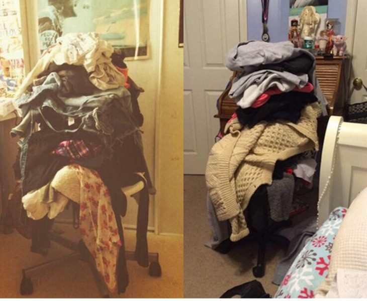 silla en una habitación con mucha ropa encima