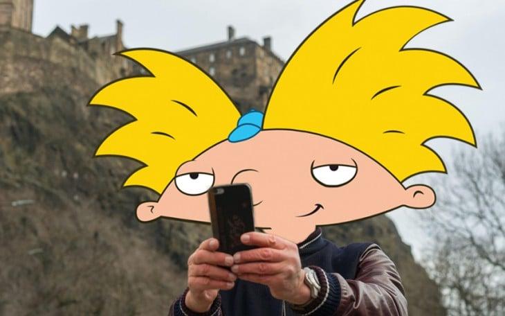selfie photoshopeada de Arnold con la cabeza de Hey Arnold!