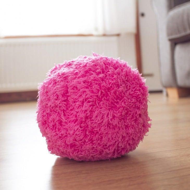 Limpiador robot en forma de bola