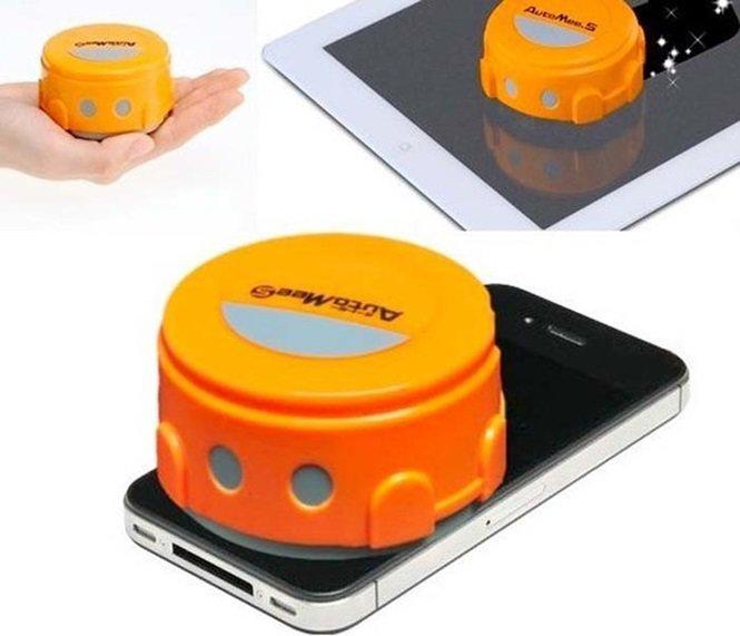 Robot limpia pantallas de celulares y tablets