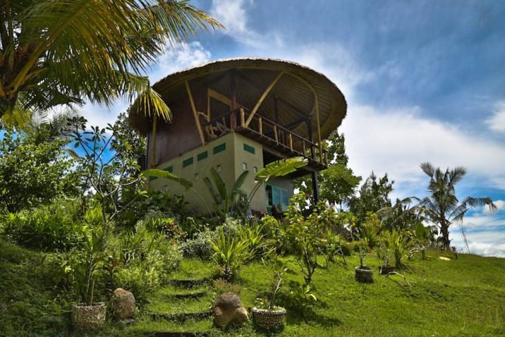 Casa del árbol con piscina en Bali