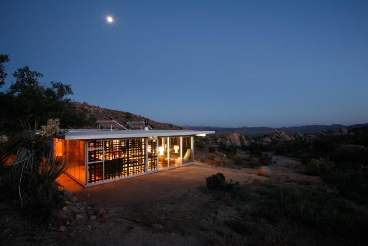 Casa en medio del desierto Pioneertown, California
