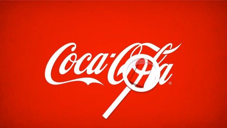 logotipo de la coca-cola forma la bandera danesa