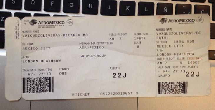 """Boleto de avión de la aerolínea """"AeroMexico"""""""