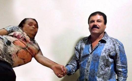 SEÑORA DORMIDA PLAZA UNIVERSITARIA EL CHAPO NO PUEDE CREER QUE HAY CONSEGUIDO UNA ENTREVISTA CON ELLA