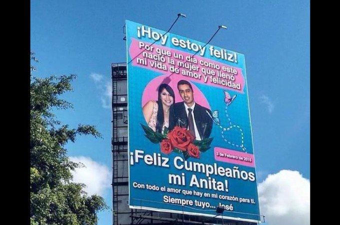 ANUNCIO PUBLICITARIO PARA DESEARLE FELIZ CUMPLEAÑOS A SU ESPOSA