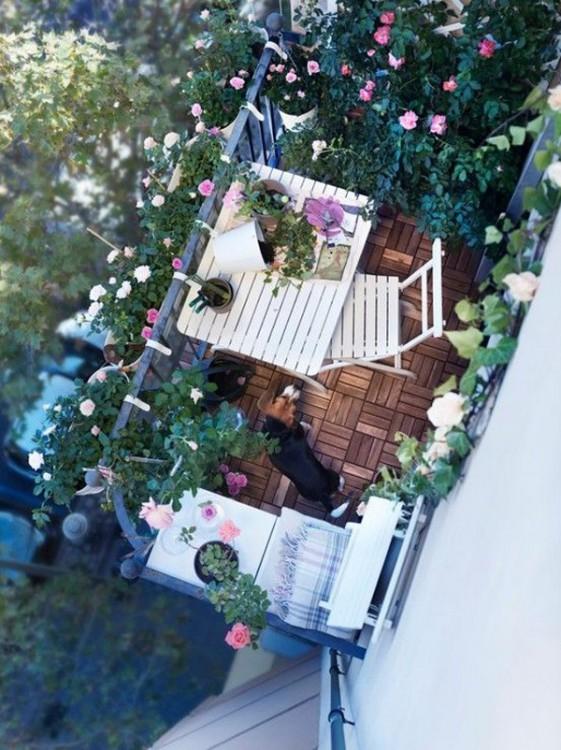 Balcón de primer planta basado en la época vintage