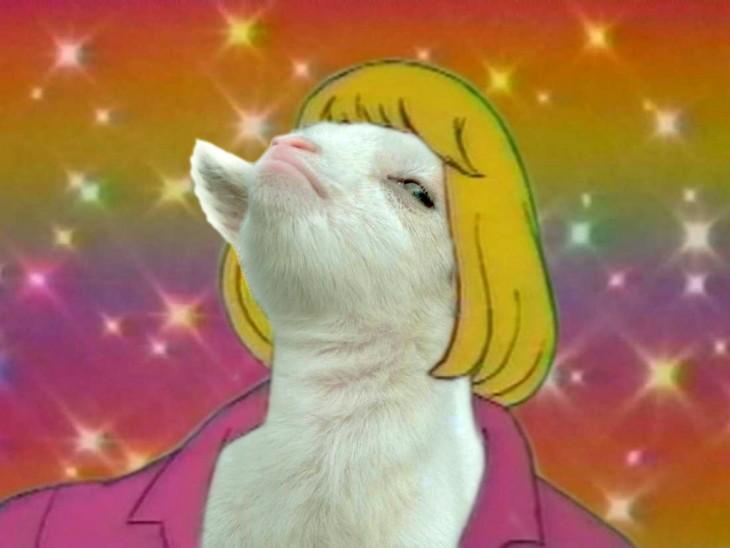 Personaje He-man con la cara de una cabra presumida