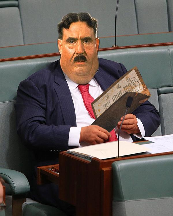 photoshop del político Clive Palmer con la cara de Monty Python