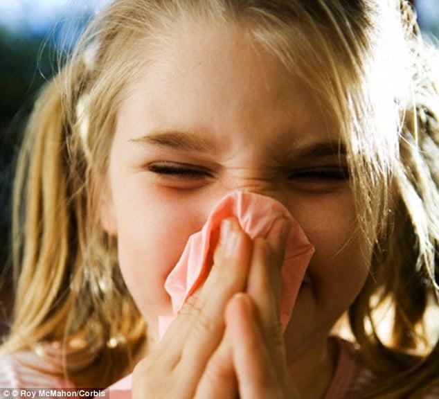 niña con la nariz descongestionada