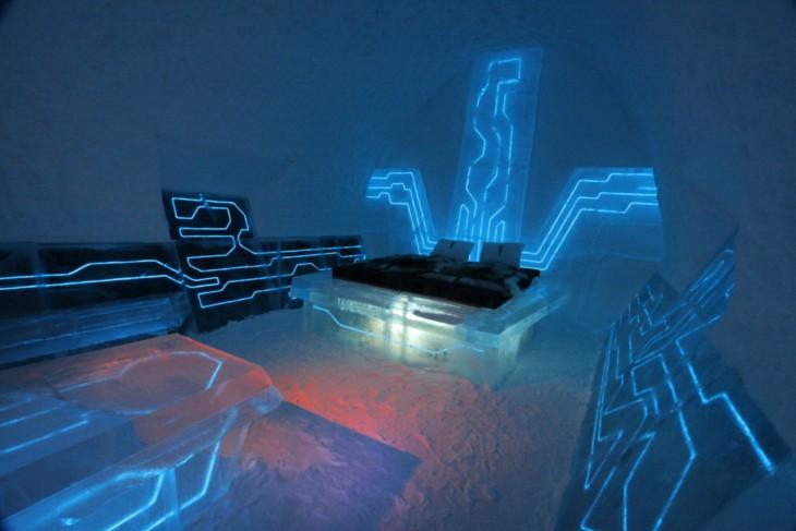 Hotel Ice en Suecia rinde homenaje a la película Tron con esta habitación