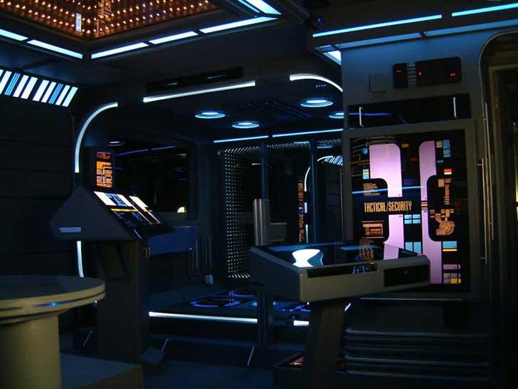 interior de un departamento al estilo star trek
