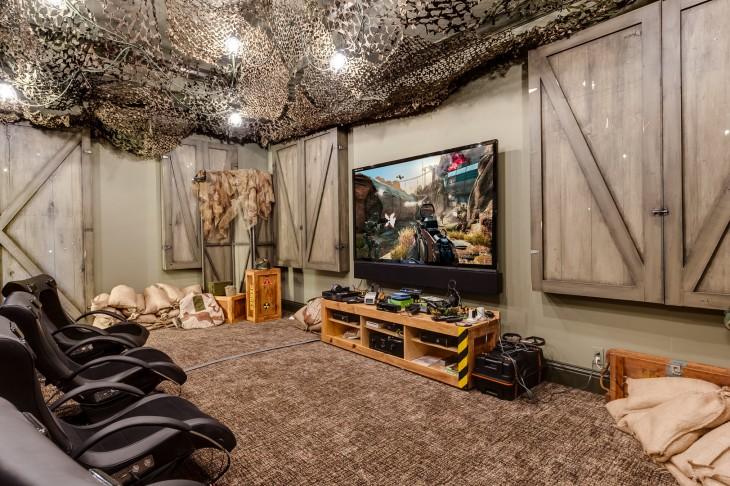 sala de cine en una mansión al estilo Star Trek