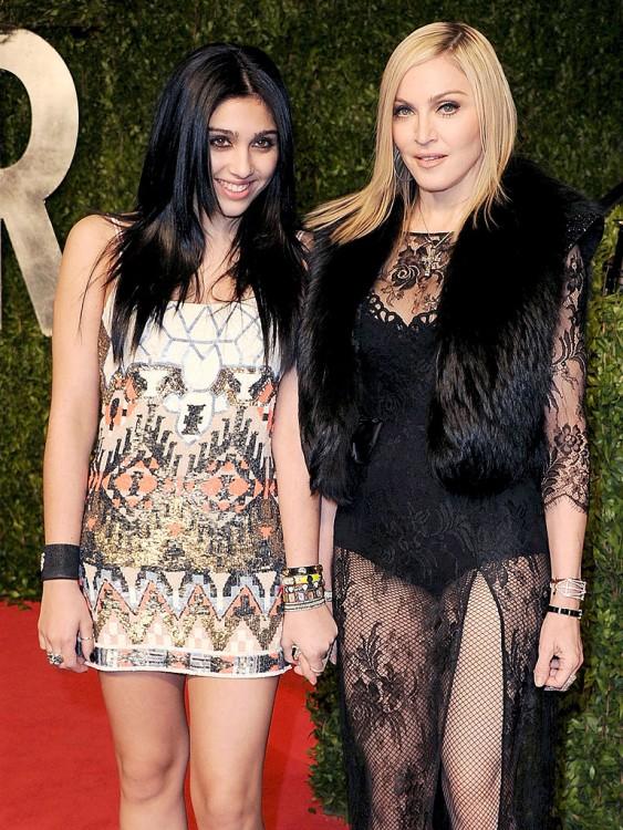 Madonna a lado de su hija Lourdes