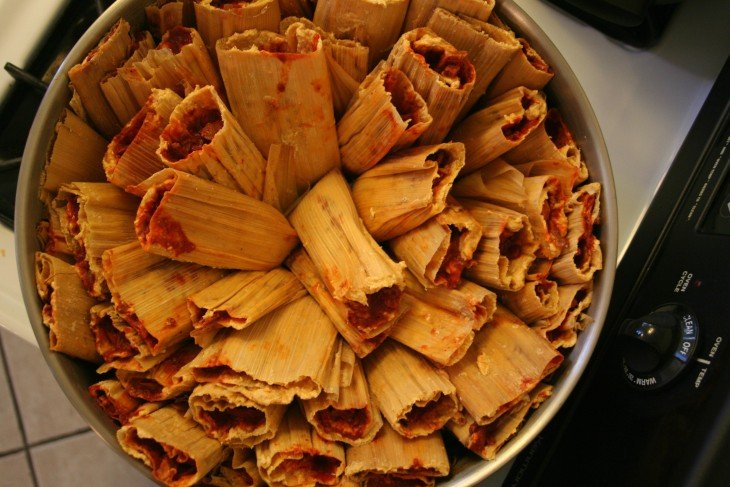 Vaporera llena de tamales
