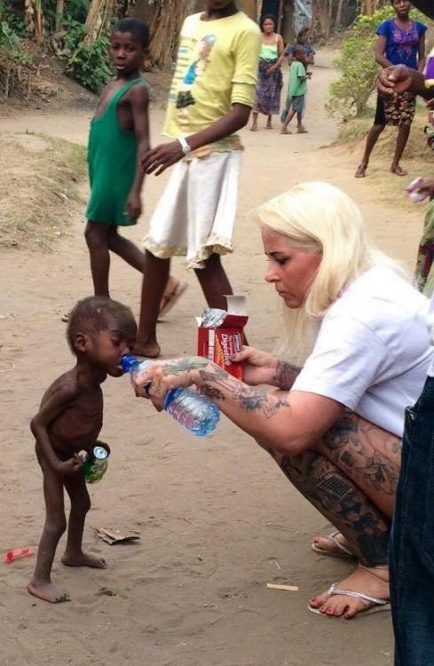 HOPE EL NIÑO ABANDONADO EN NIGERIA POR SER 'BRUJO'