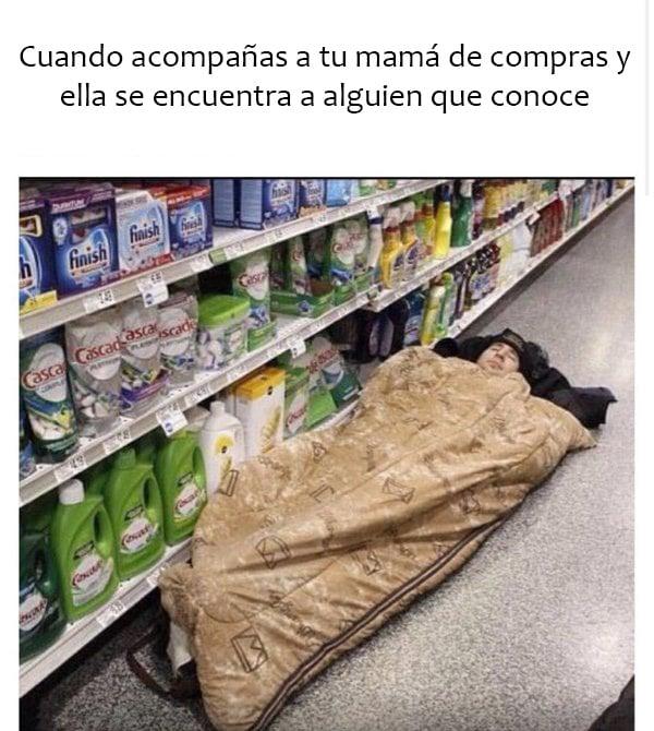 meme de cuando acompañas a tu mamá a hacer las compras