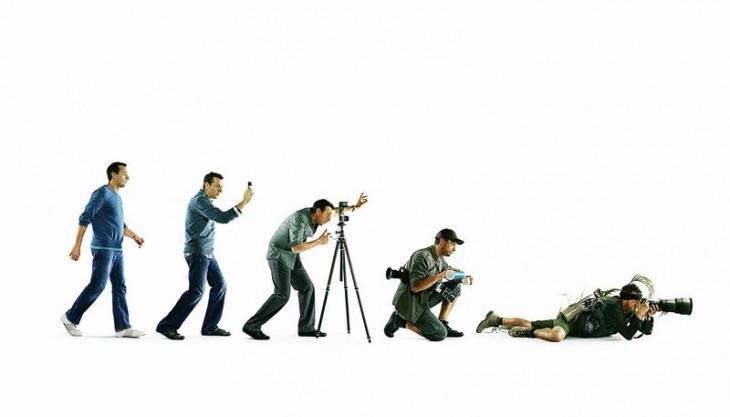 imagen muestra como ha evolucionado en diferentes posiciones un fotógrafo
