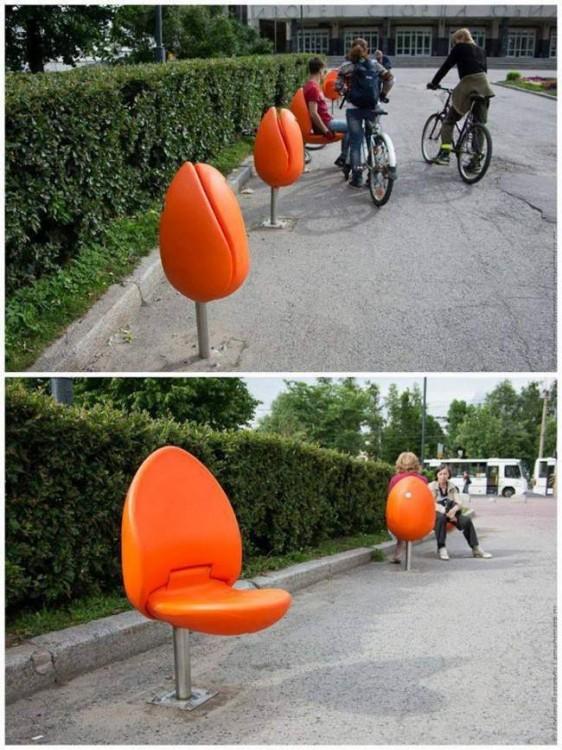 sillas plegables en forma de tulipanes